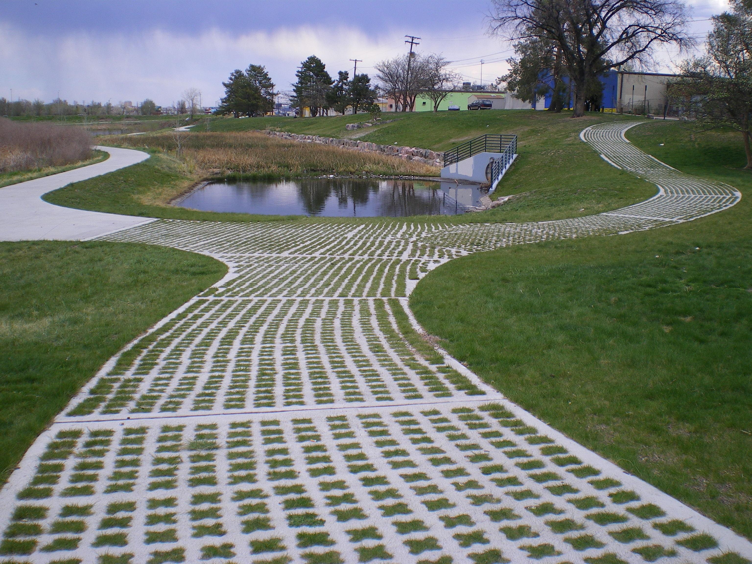 Barnum Park Wetlands Forebay Bomanite